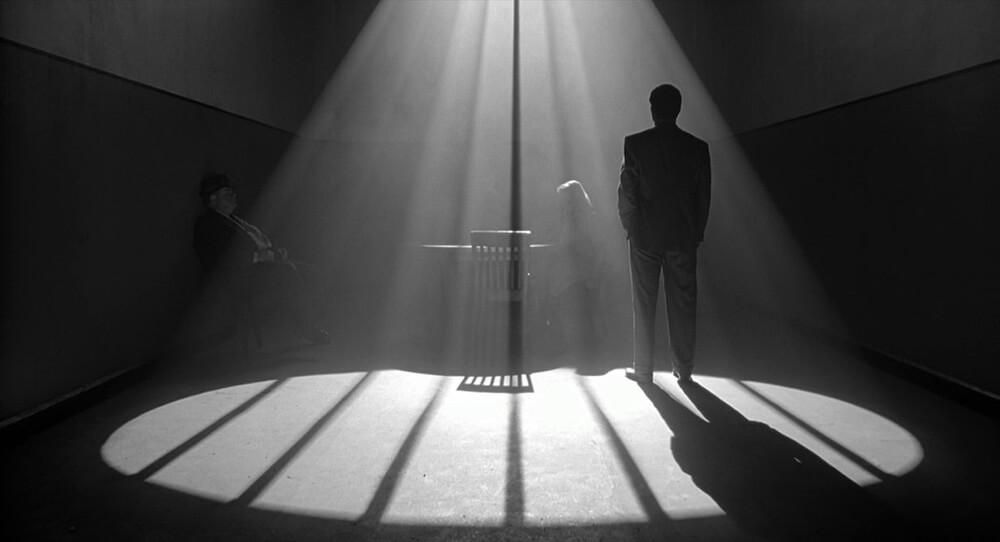 Человек, которого не было (2001) скриншот из фильма 3